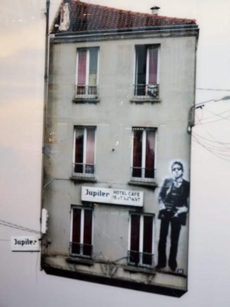 laurent-chehere_flying-houses_paris_traffic-magazine